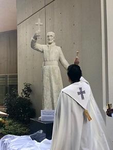聖フランシスコ・ザビエル像が四谷キャンパスに移設されました...